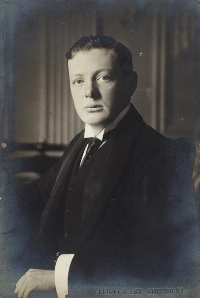 [Юная легенда] Фотография Уинстона Черчилля/ фот. Elliott &Fry. [Олдем], 1900-1901гг.