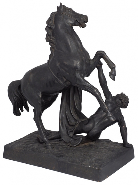 Фигура «Укротитель коня». Россия, Каслинский завод художественного литья, автор модели П.К. Клодт, формовщик А.Быков. Отливка 1899года. Чугун, литье, сажа. Высота 43см. Вес10,3кг.