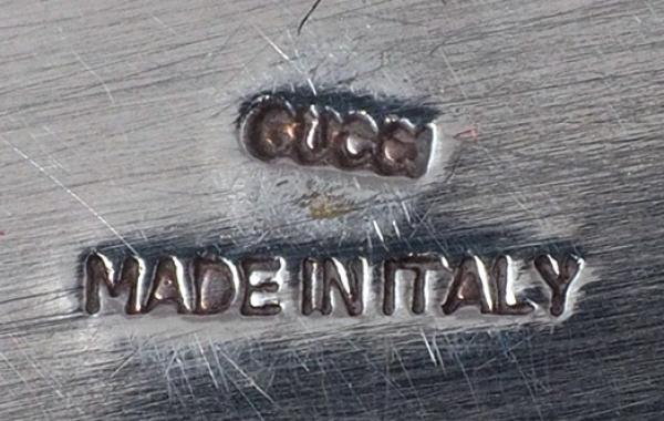 Винтажные настольные часы фирмы Gucci. Италия, 1960-е гг. Металл, серебрение.