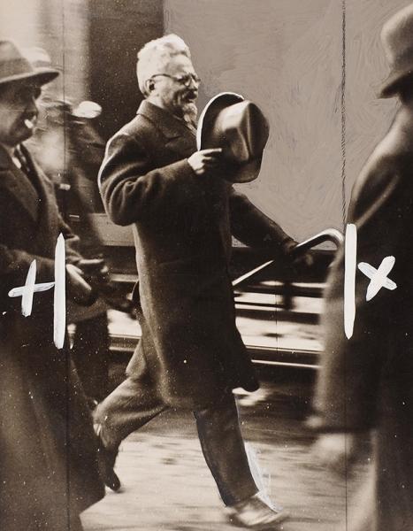 Две фотографии Льва Троцкого вэмиграции. Дат. Франция, 1932, 1936.
