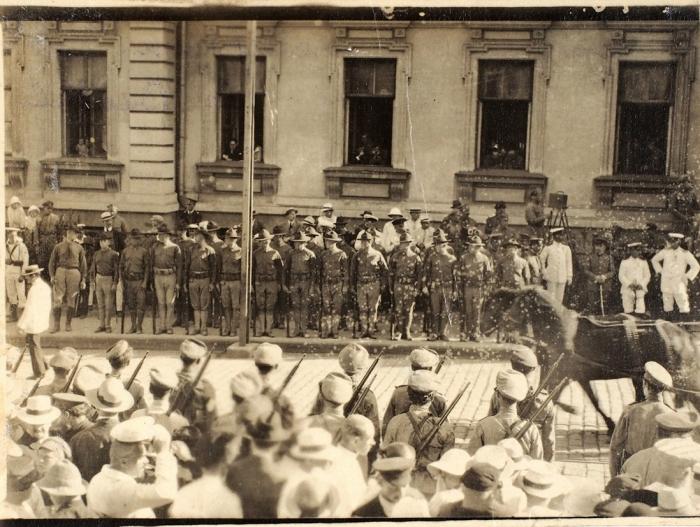 Фотография частей американского экспедиционного корпуса «Сибирь». Владивосток, 1920.